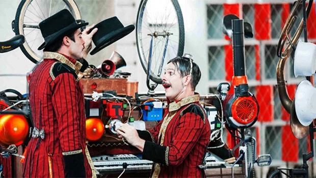 O paulista Circo Amarillo traz arte popular circense às ruas goianas