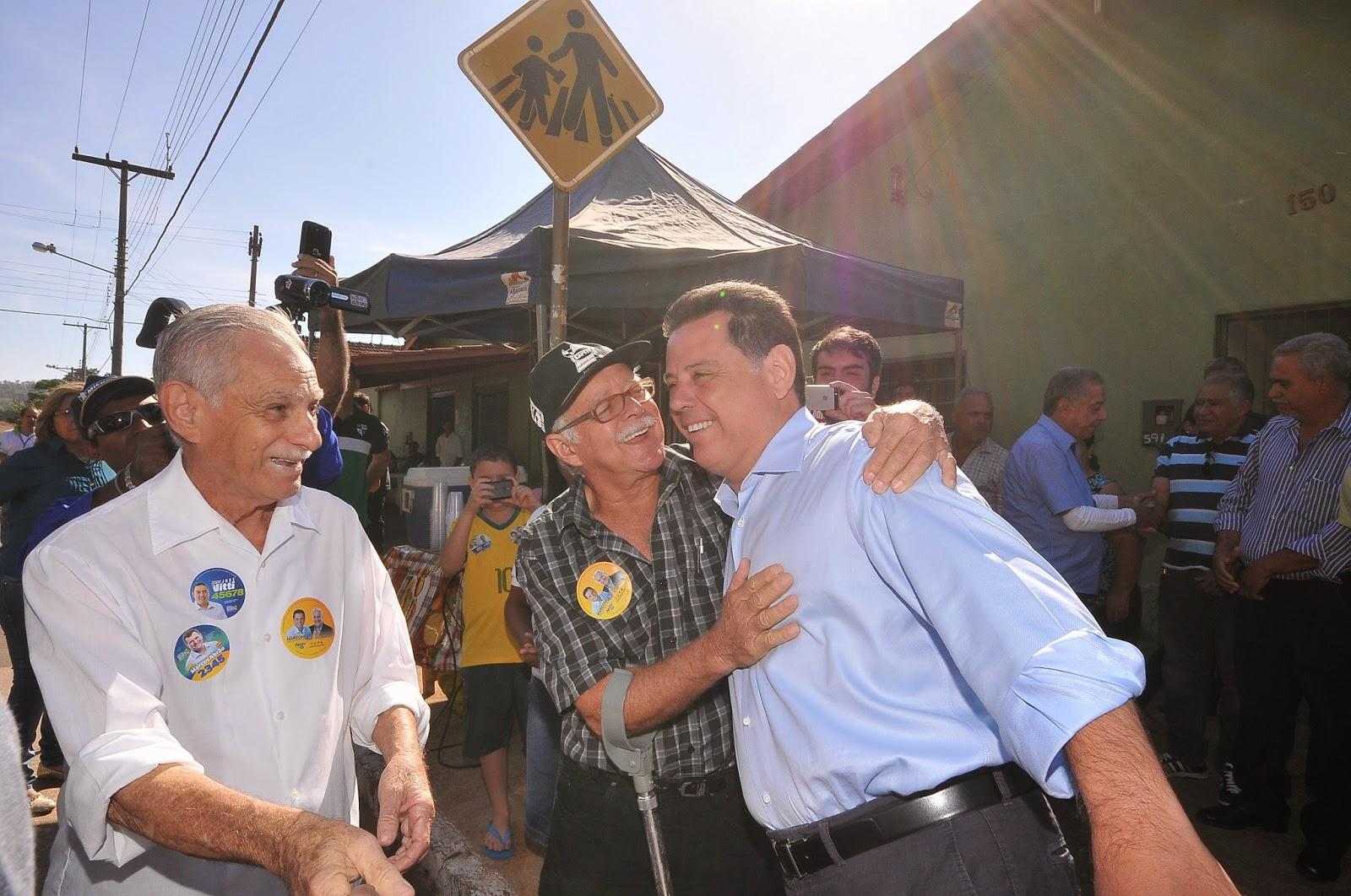 Pai de Marconi Perillo passa mal durante inauguração do parque municipal Maria Pires Perillo