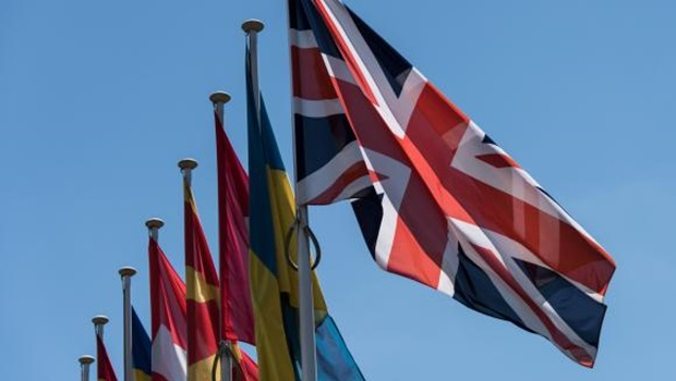 Mais de 500 mil pessoas pedem segundo referendo na Grã-Bretanha