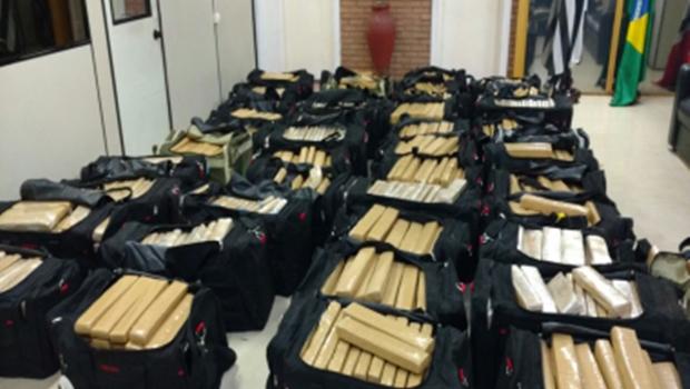 Cabos do Exército são presos levando drogas em caminhão da corporação