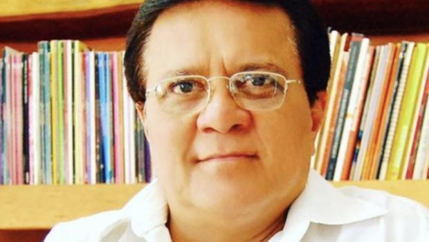 Diretor teatral Marcelo Souza, ex-marido de Cássia Kiss, morre em Goiânia
