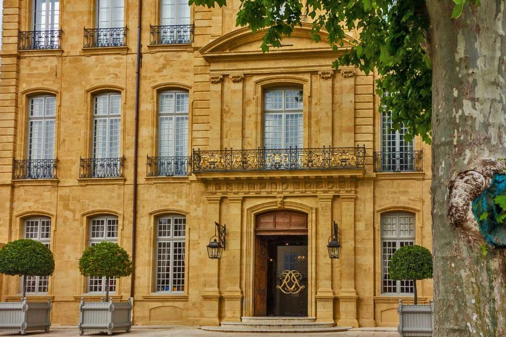 aix en provence baroque landmark reborn as art center josette king. Black Bedroom Furniture Sets. Home Design Ideas