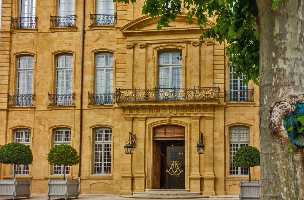 Aix en provence baroque landmark reborn as art center - Hotel de caumont aix en provence ...