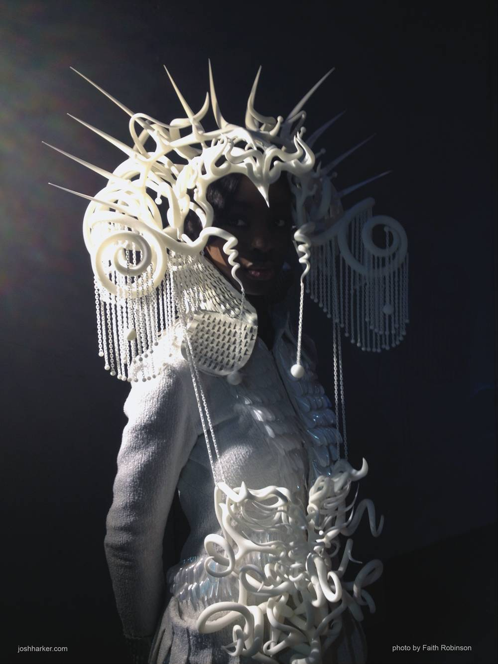 3d printed headdress by Johshua Harker