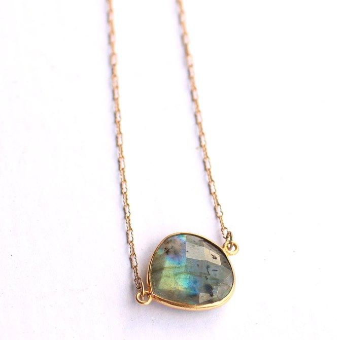 bezel-labradorite-necklace-handmade-jewelry