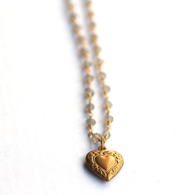 heart-labradorite-beaded-chain-necklace