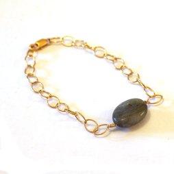 labradorite-bracelet-14k-gold-handmade