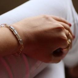 labradorite-handmade-bracelet-simple-jewelry-minimilistic