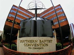 1407866235000-Southern-Baptists-health-care-101413