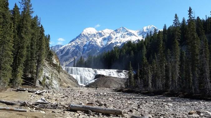waterfall-1258883_1280