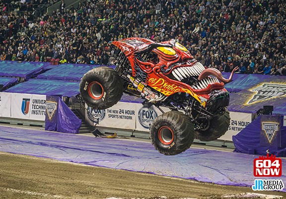 Monster Jam Vancouver 2016