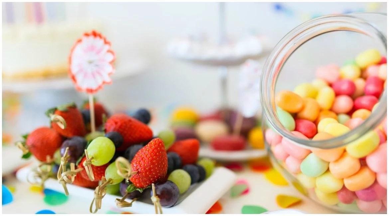 Anleitung sweet table candy bar planen und selbermachen for Silberhochzeit planen