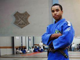 Alessandro Pereira luta em casa no sábado | Foto: André Antunes / divulgação GN União