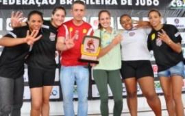 Oi/Sogipa é tetra no feminino do Troféu Brasil | Foto: Lúcio Mattos / CBJ