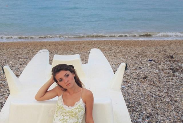 JULIANA CHOW Summer Nostalgia: Italy Beach Style Diary - Click to read full blog post!
