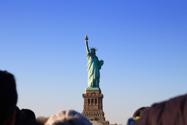 statue-of-liberty-travel-guide-new-york-city1