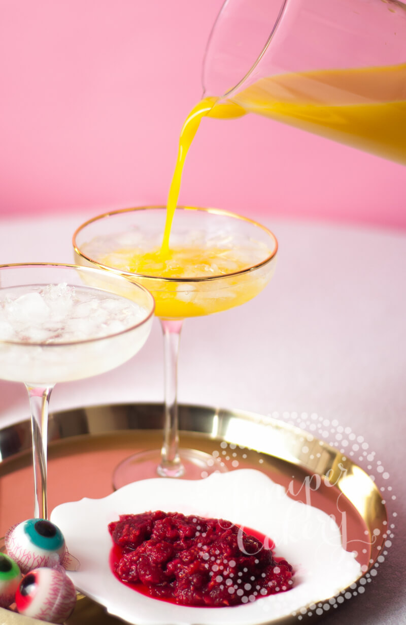 Eyeballini cocktail recipe by Juniper Cakery