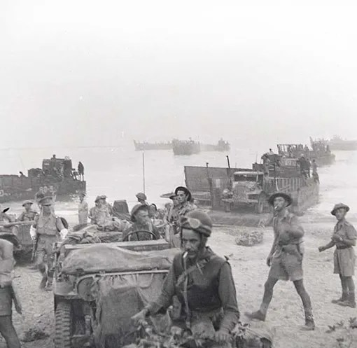 The Royal 22e Regiment landing on the beach at Reggio di Calabria on the morning of September 3rd, 1943