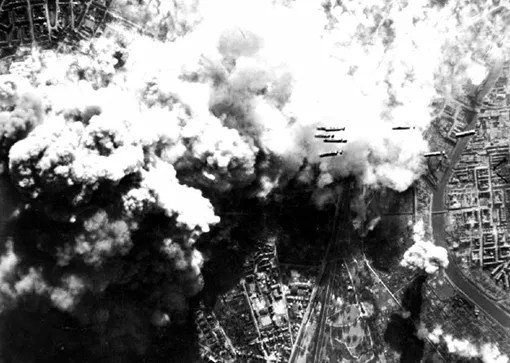 Daytime attack against Hanover, March 25th, 1945.