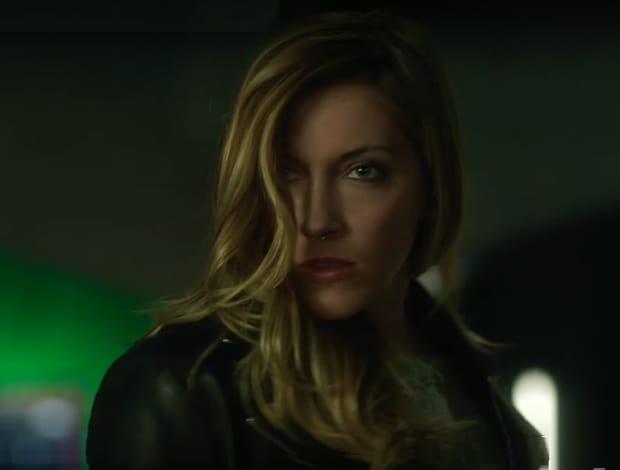 Katie Cassidy est de retour — Arrow