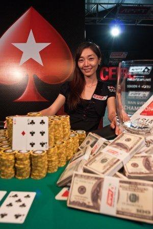 Joueuse de poker coréenne