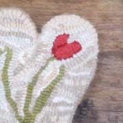 Tulip Hooked Heart