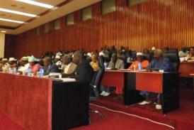 Les opposants absents du Parlement : les indemnités ?