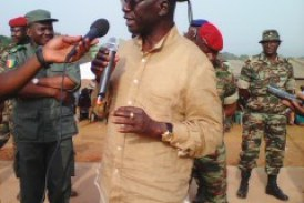 Sécurité-Dabola : Le Ministre Délégué à la Défense Nationale visite le nouveau Camp militaire de la préfecture