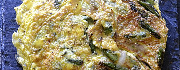 Recette végétarienne d'omelette d'asperges bio