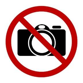 Czego nie wolno fotografować,Znak zakazu fotografowania