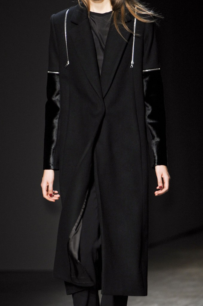 Yigal Azrouël Fall 2013 RTW