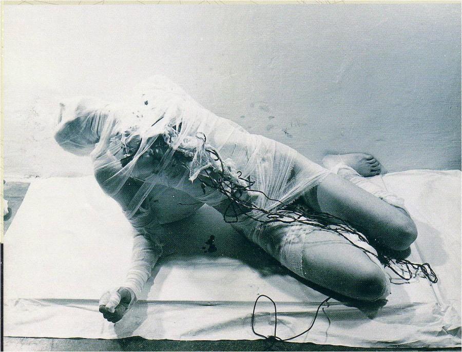 Rudolf-Schwarzkogler-3.-Aktionen-Wien-1965