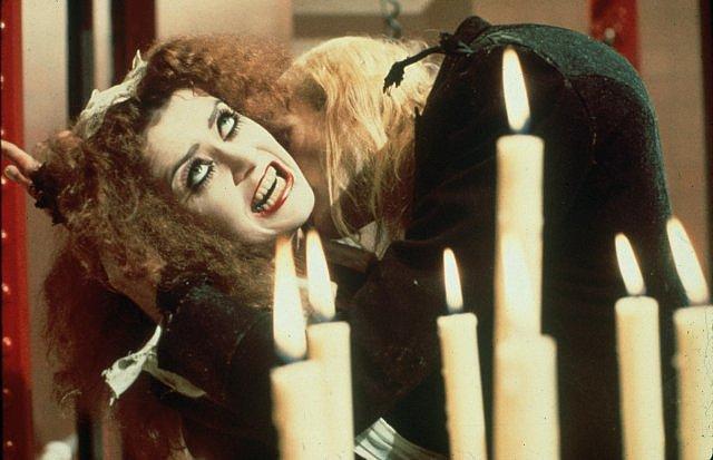 Magenta, Bacio vampirico