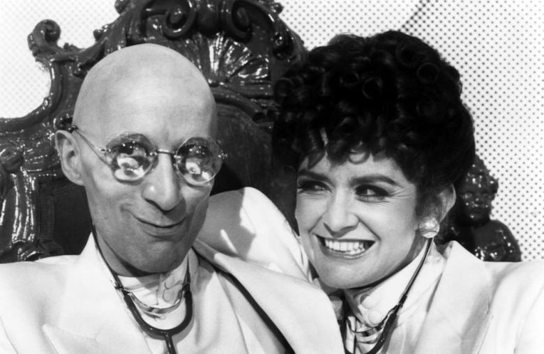 Richard O Brien e PAtricia Quinn in Shock Treatment