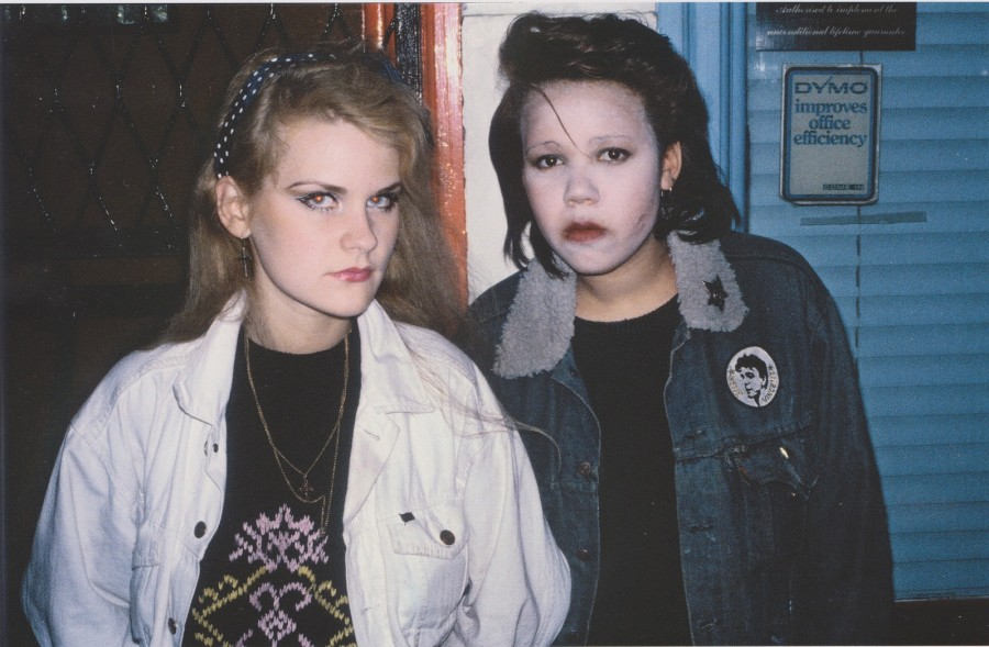 Derek Ridgers' London Youth, Elizabeth and Helen outside Hell, 1980
