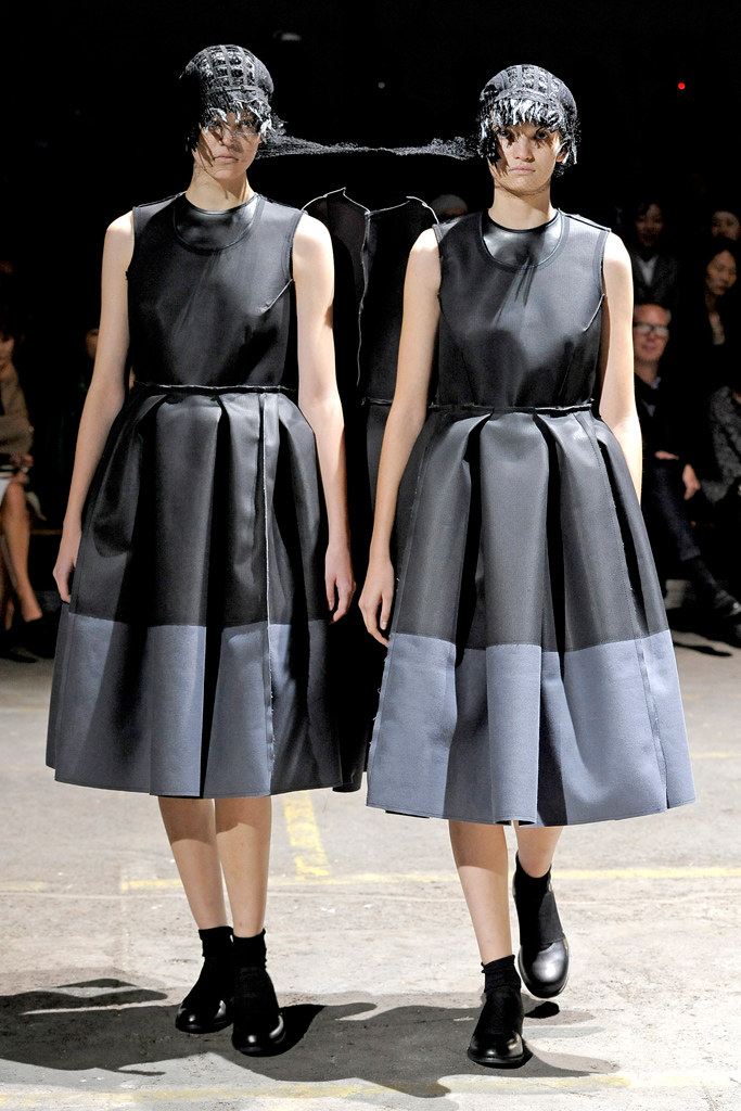 comme des garcons Spring 2011 Ready-to-Wear 3, via vogue.com