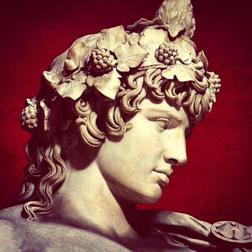statua di antinoo come dioniso