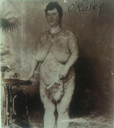 emma de burgh nudo