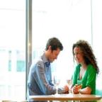 5 Tips Bagaimana Orang Pemalu Dapat Menemukan Idaman Mereka