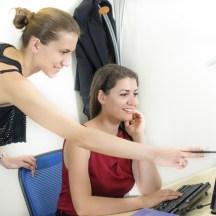 Tips Menerima dan Menanggapi Kritikan di Kantor