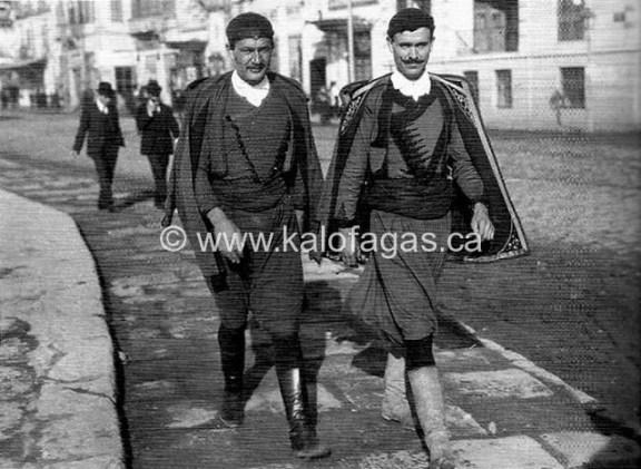 1916, Κρήτες στη Θεσσαλονίκη.