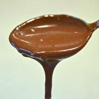 Homemade Chocolate Fudge Sauce