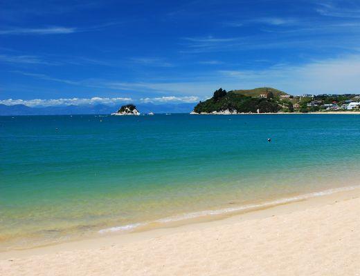 Nelson - Tahunanui Beach