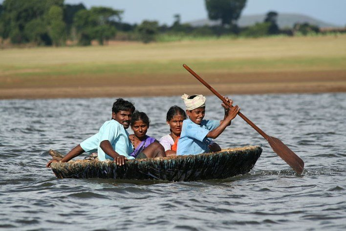 Indian coracle on the Kabini River. Photographer Gnissah
