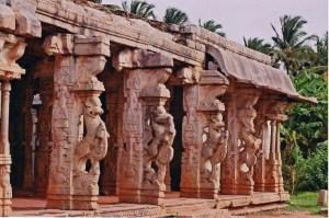Chandikesvara Temple, Hampi – Beauty Etched on Stone