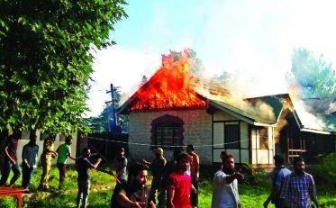 kashmir life, kashmir global, kashmir, school burning,