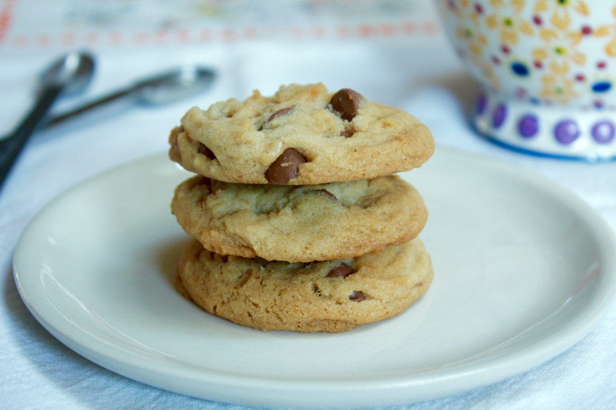 Honey Roasted Peanut Chocolate Chip Cookies – Kate's Sweets