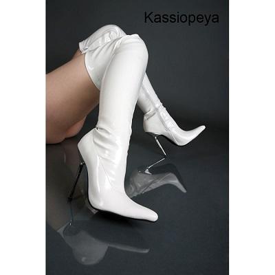 Lack Overknee High Heels mit elegantem Stahlabsatz
