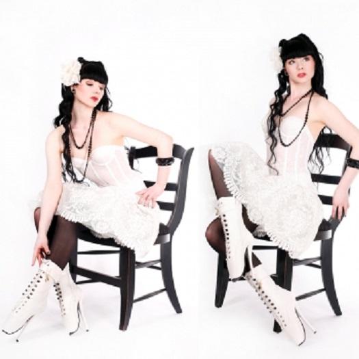 Lack Ballett Stiefeletten High Heels weiß von Kassiopeya