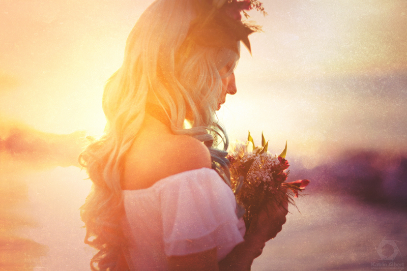 katrin-albert-photography-fantasy-beach-wedding-2